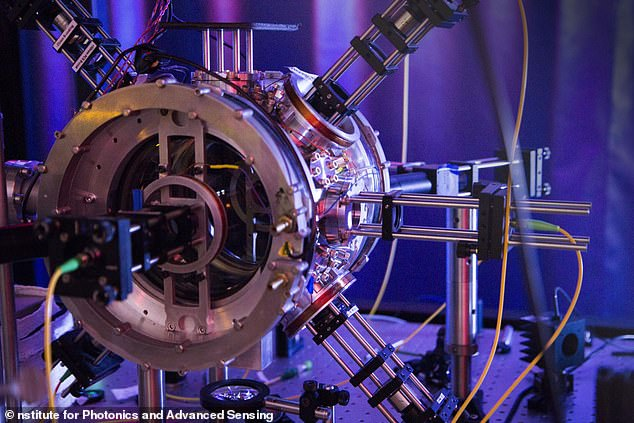 """The nuclear chamber in which the nuclear tractor beams were created. The scientists, published in the journal Physical Review Applied, say this is the first time that scientists have been able to demonstrate a highly efficient """"waveguide trap""""."""
