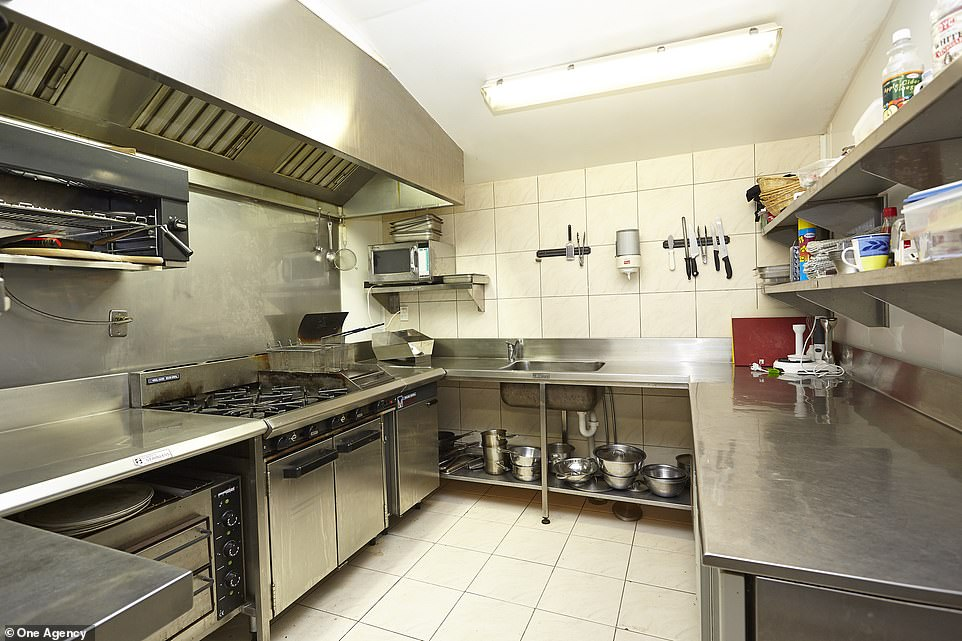 The main lodge has a fully equipped commercial kitchen, so any shopper can easily start a restaurant or coffee shop