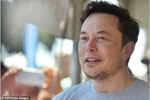 Elon Musk Hits Out At Apple Saying The Firm In A Elon Musk Talked About His Controversial Twitter