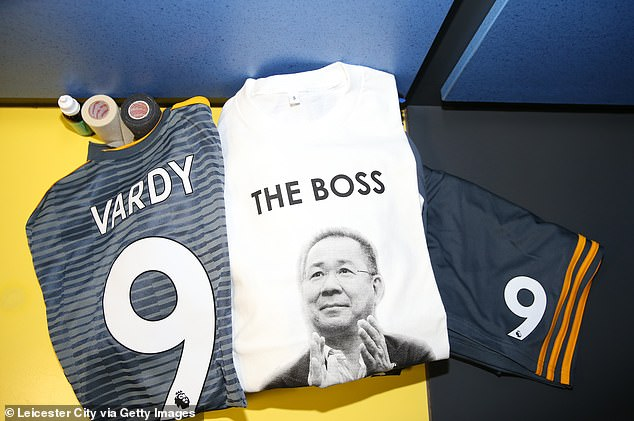 In the locker room special tribute T-shirts are attached in honor of the deceased owner of the club