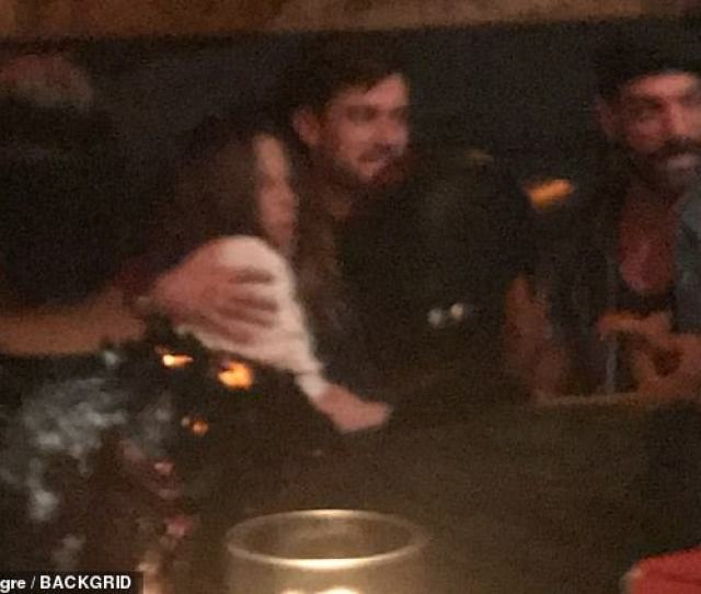 Sweet During Their Date Night Kate Was Seen Relaxing Into Jack As He Wrapped
