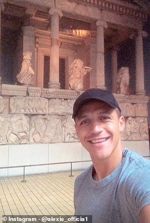 Manchester United star Alexis Sanchez visited the British Museum in London on Sunday