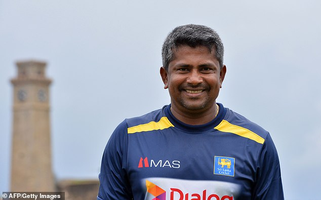 Sri Lanka plan to send slow left-poor Rangana Herath into retirement with one final haul