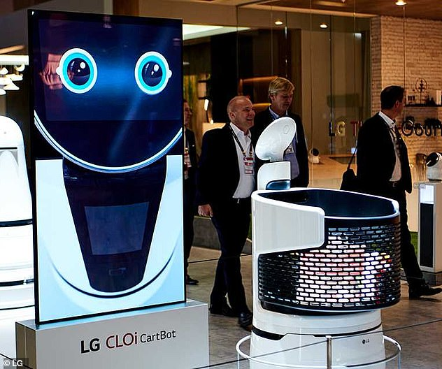 "LG found that the smart cart robot has a bar code scanner. In this way, the robot called a ""smart cart robot"" can check prices and display the shopping list of the users on a screen"