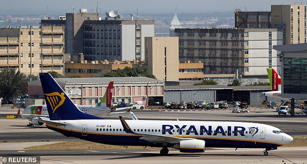 Ryanair indicates that customers have enough time to check in their flights before the web is finalized