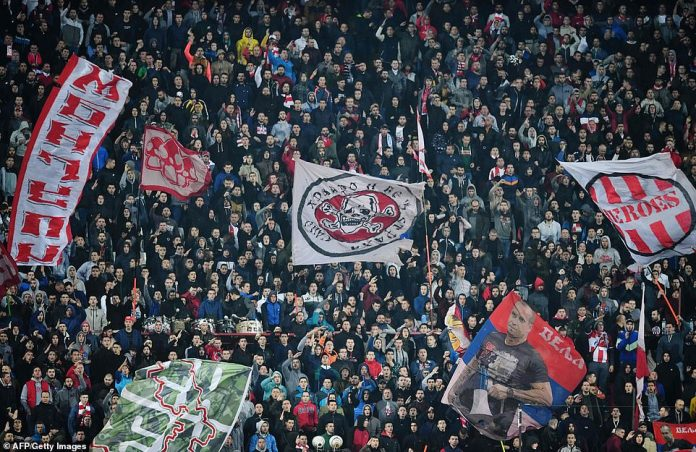 The fans of the Red Star Belgrade made a lot of noise and made for a very hostile atmosphere for the men of Jürgen Klopp