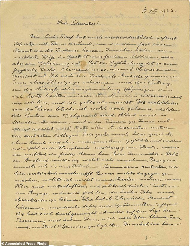 A copy of a 1922 letter written by Albert Einstein to his beloved younger sister. Maja will be auctioned next week in Jerusalem with an opening price of $ 12,000