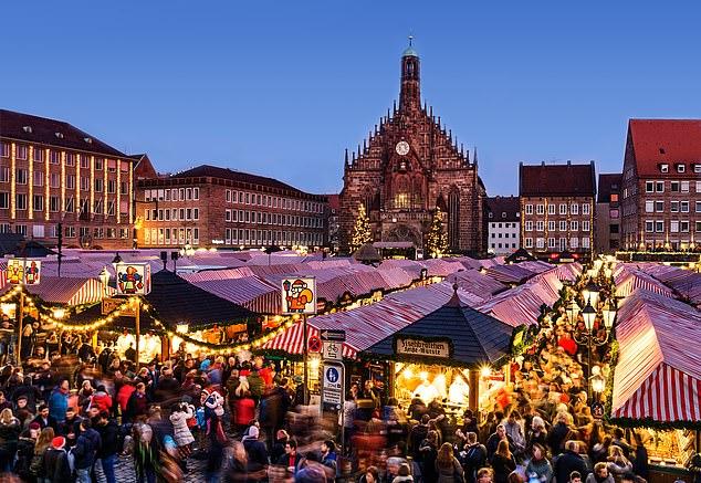 Winter wonderland: Haumpmarkt square in Nuremberg, pictured above