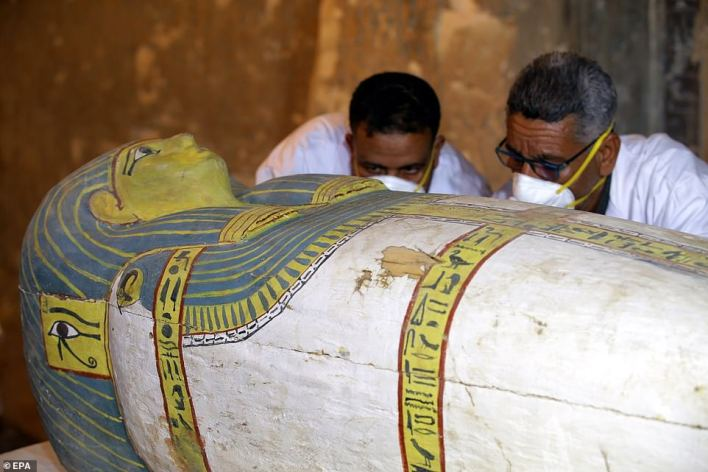 French Professor Frederic Colin, head of the French mission in Tomb TT33 where the sarcophagus was found, said that the sarcophagus dates to the 18th dynasty and inside it a well-preserved mummy wrapped in linen was found