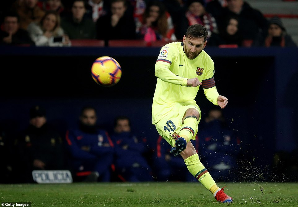 Messi attempts to cause problems for the Atletico defence in an encounter that was slow to get going