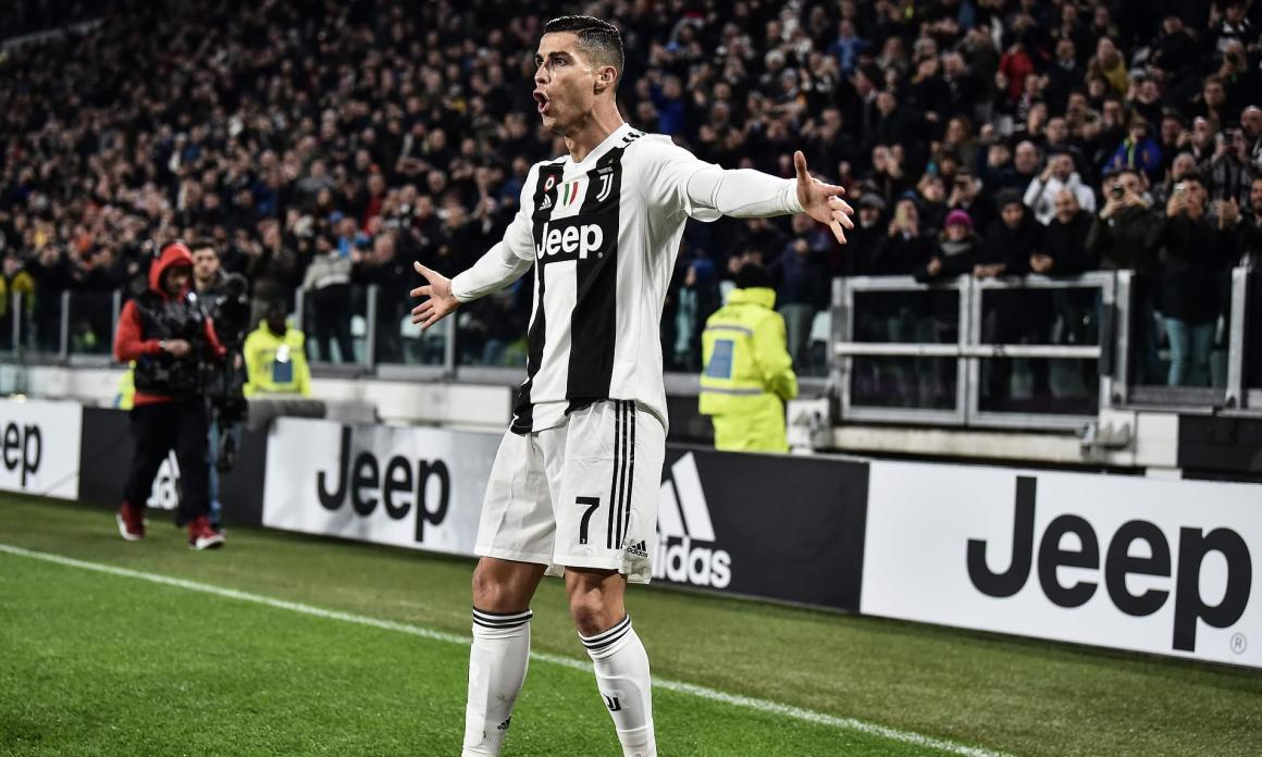 Juventus fans join in with Cristiano Ronaldo's celebration after ...