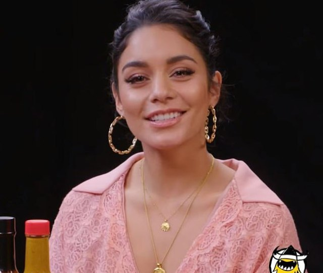 Memories Former Disney Channel Star Vanessa Hudgens Recalled The Time An Overzealous Mother Of A