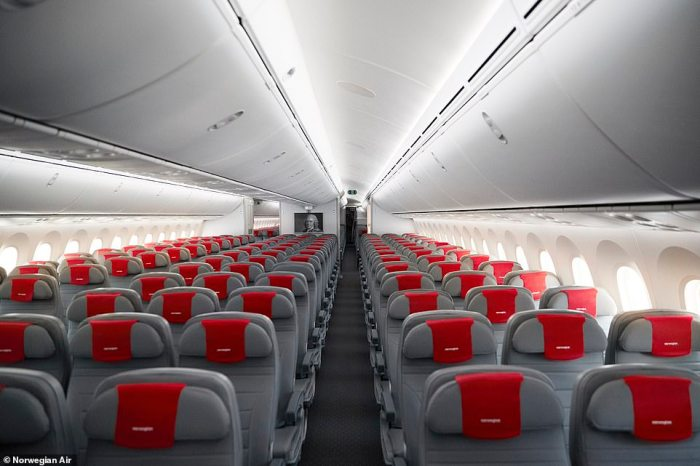 There are 282 seats in Norwegian's economy cabin aboard theBoeing 787 Dreamliner