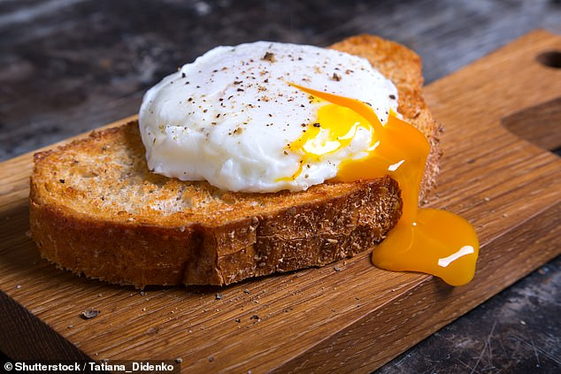 It seems that, without exaggeration, eggs offer some protective benefits in moderation to prevent and stabilize diabetes