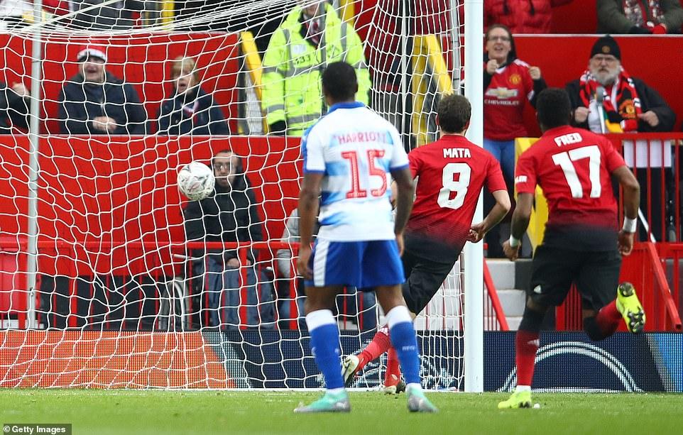 Mata made no mistake from 12 yards, sending Reading goalkeeper Anssi Jaakkola the wrong way to put the hosts in front