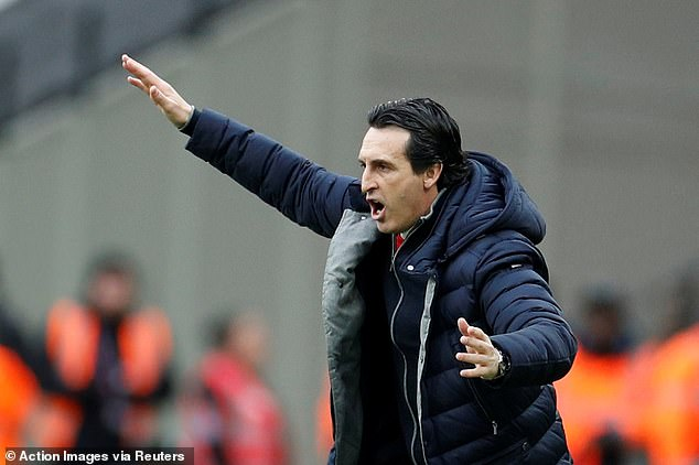 Unai Emery has the same starting XI that defeated Fulham in their last Premier League outing