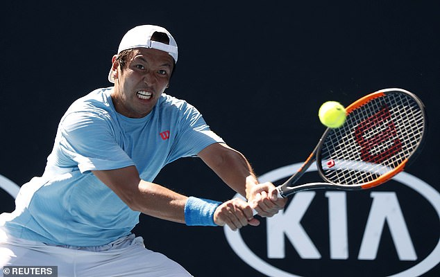 Ito found his best form in the third set but Evans held firm to win on the tiebreak