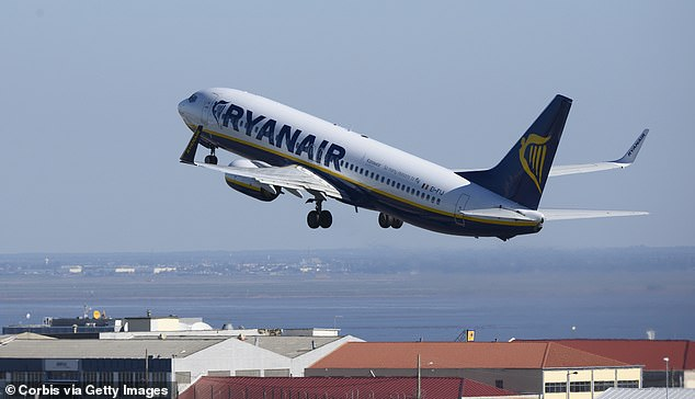Pressure on Ryanair is increasing to reimburse passengers affected by a name change problem - the renowned consumer champion Martin Lewis complains directly to the airline