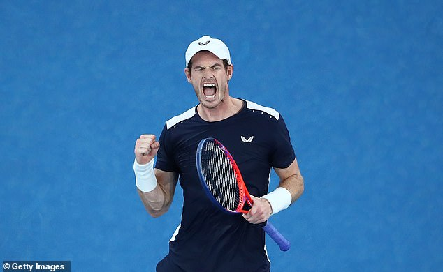 Murray made a glimpse of the star of the past, while he fought two sets on Monday