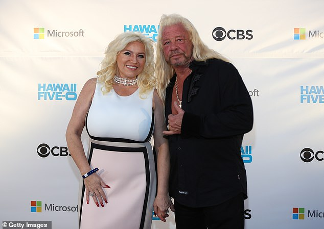 Hoffnung: Der 51-jährige Star wurde in den letzten Wochen in Los Angeles mit Dog an ihrer Seite behandelt. zusammen dargestellt am 10. November 2017 in Waikiki, Hawaii