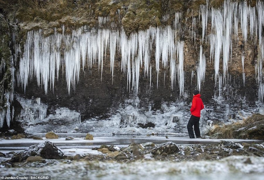 The wintry conditions leave an impressive scene this morning close to Bowes in County Durham as icicles form up to 10ft