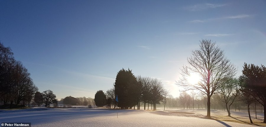 Peter Hardman pictured the beautiful low-lying sun above Leyland Golf Club in Lancashire