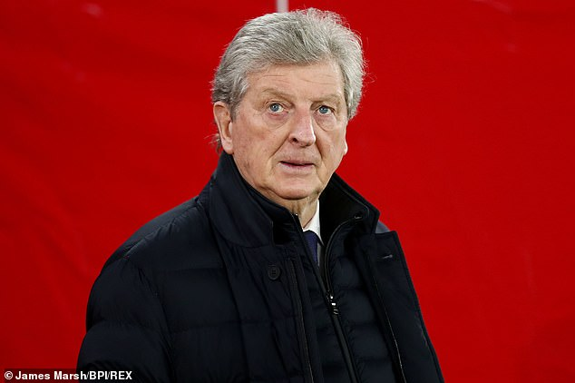Hodgson stated that Palace's sporting director Dougie Freedman informed him until 11pm