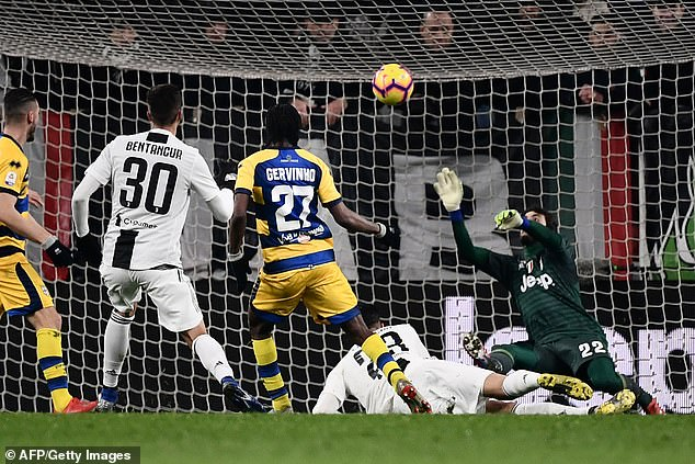 Gervinho hit the ball first time during additional play, and rifled it past Mattia Perin in goal
