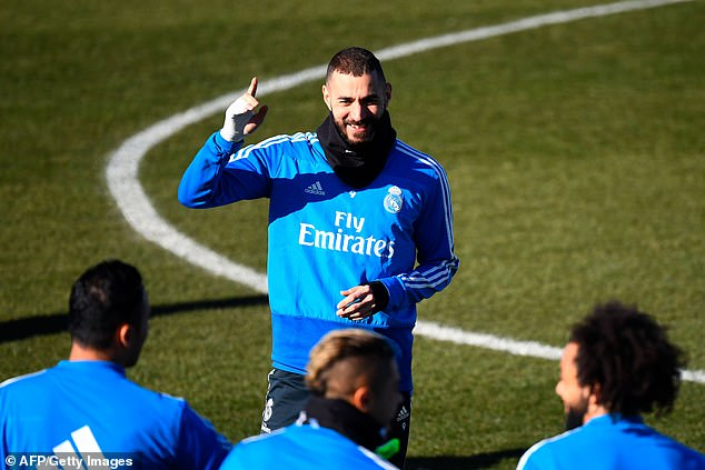 Karim Benzema makes a point in training ahead of Real Madrid's meeting with Barcelona in the first leg of their Copa del Rey semi-final on Wednesday night