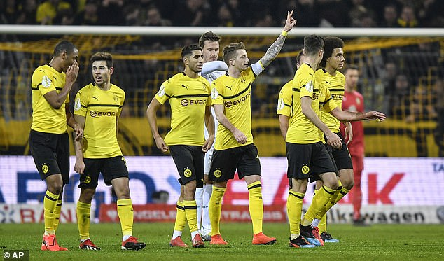 Marco Reus salutes the crowd after scoring the equaliser against Werder Bremen