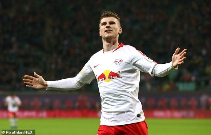 Naby Keita has insisted he would speak to Timo Werner about a possible move to Liverpool