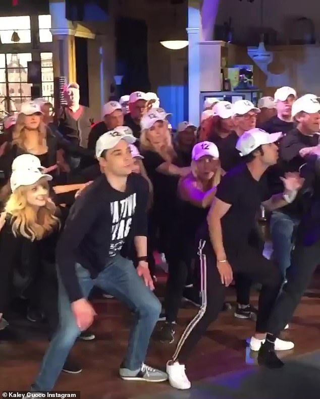 Many thanks to the fans: & # 39; I love this perspective from the audience of my family and friends who are recording the dance! Thank you very much @ashleyaubra !!! & # 39;