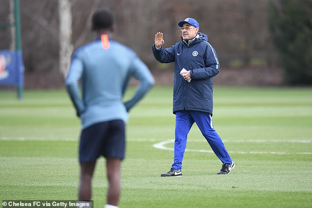 Sarri will spend just 60 minutes on Saturday drilling his Blues players to face Manchester City  CHECK OUT SARRI'S WEIRD PREPARATION AHEAD OF CHELSEA'S CUP FINAL AGAINST MAN CITY 10163650 0 image a 124 1550875115345