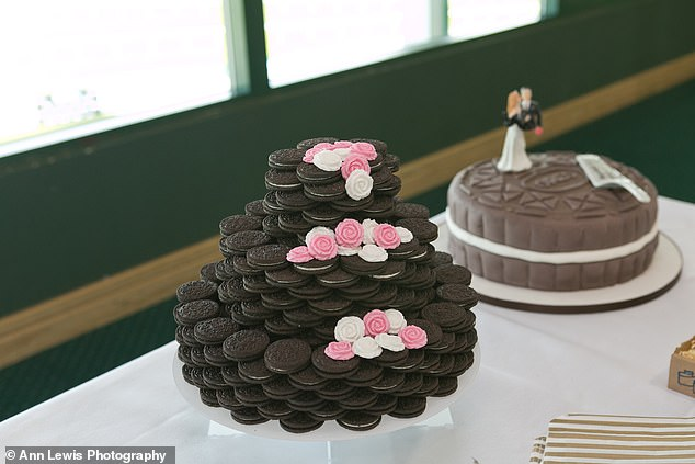 Katie and Luke don't particularly like cake - so they saved the £300 they might have spent on one and bought Oreo cookies and a cake stand instead. It cost them just £10