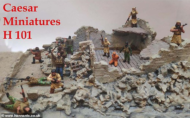 Caesar Miniatures offer a masked jihahi wielding a large knife, some armed jihadis standing guard, and the figure of hostage with is hands tied behind his back as part of their 'Iraq and Syria' range