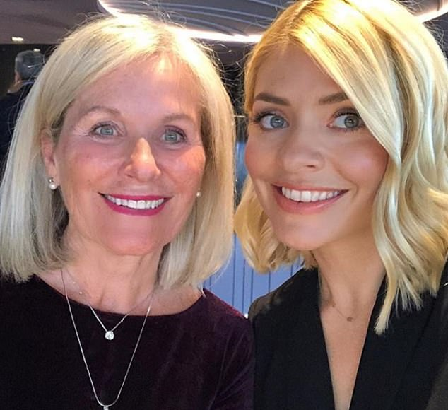 'Mumma': Holly's fans are always left stunned at how similar she and her mum seem - and how young 71-year-old Linda looks - and it was no different in a selfie snapped last week