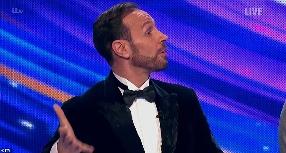 Oh my!Jason Gardiner declared that he was able to just 'sit back and perv on them both' when they put on such a seamless performance