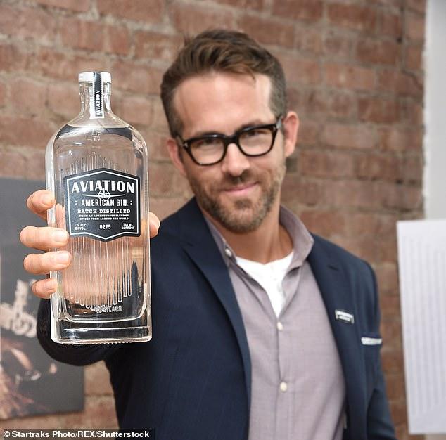 El actor y estrella de Deadpool Ryan Reynolds posee una participación significativa en Aviation Gin