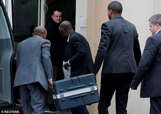 Meanwhile, a French accident investigation opened today as the US aerospace giant Boeing stopped supplying the top-selling Max 8 aircraft. In the photo: the black boxes of the plane arrive in the French capital