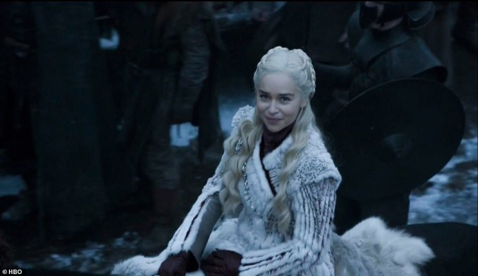 Dany: Samwell tells Jon that Daenerys executed his father and brother, but Jon didn't know, telling Sam he's sorry but he needs to end this war