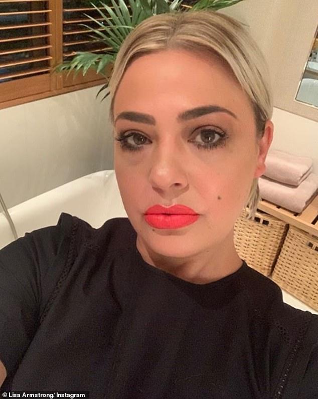Messages candides: Bien qu'elle n'ait jamais parlé publiquement de son divorce, Lisa a souvent laissé entendre ses sentiments sur Twitter.