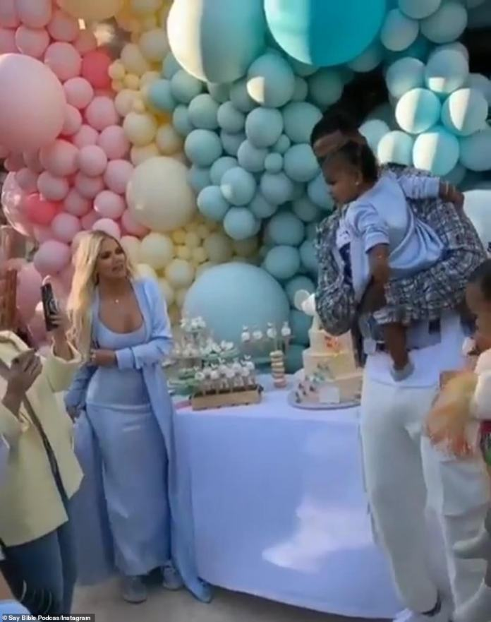 Everything for her: even as all the invited guests sang to Little True Happy Birthday, Kardashian kept six feet away from Thompson