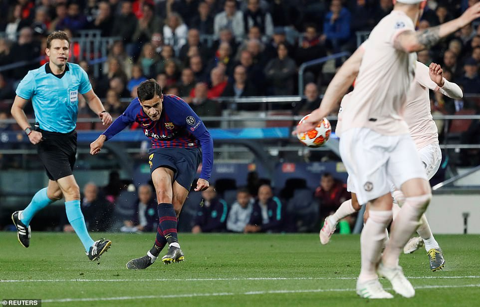 Coutinho made it 3-0 with a fantastic long-range effort as De Gea was beaten all ends up in the United net
