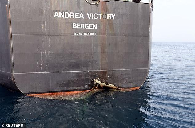 """Se produce después de que cuatro petroleros fueron alcanzados por minas submarinas en un ataque que, según los Estados Unidos, recibió la """"bendición"""" de Irán."""