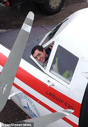Second pilot Maxim Kuznetsov