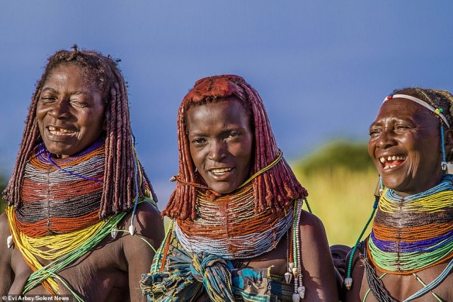 While young girls often wear small necklaces in red and yellow, older women add stripes of various colours, indicating different stages in their lives that they have passed through