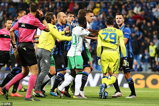 A fiery end to the match saw Sassuolo finish the game with just nine men on the field