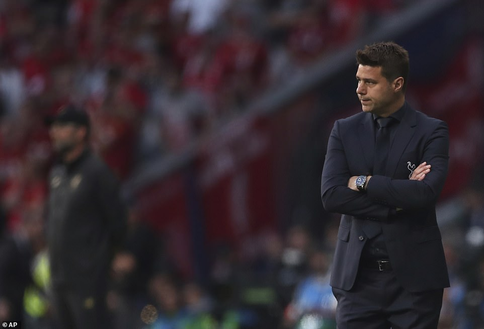 Tottenham manager Mauricio Pochettino folds his arms after his side fell a goal down in the opening stages of the match
