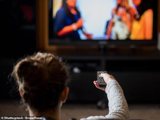 Standing while binge-watching TV series can help avoid the risks of heart disease and obesity from sitting too much, experts in Ohio have claimed