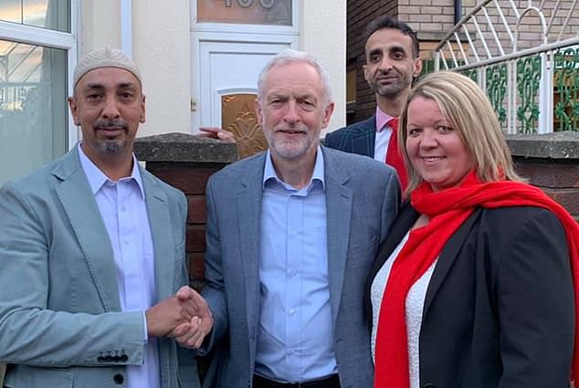 Why was this man helping Labour candidate scrape to victory?   Daily Mail  Online